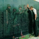 picture-vietnam wall w-soldier images